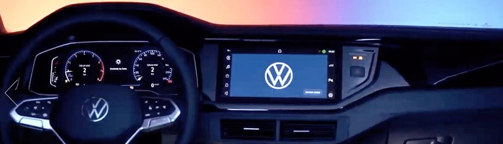 Volkswagen Nivus temum tablet dentro do carro